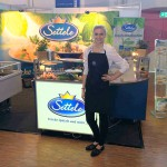 Im April 2016 war unsere Leah wieder im Einsatz für Settele auf der Chefs Culinar Messe in Ulm und verkostete frische Spätzle