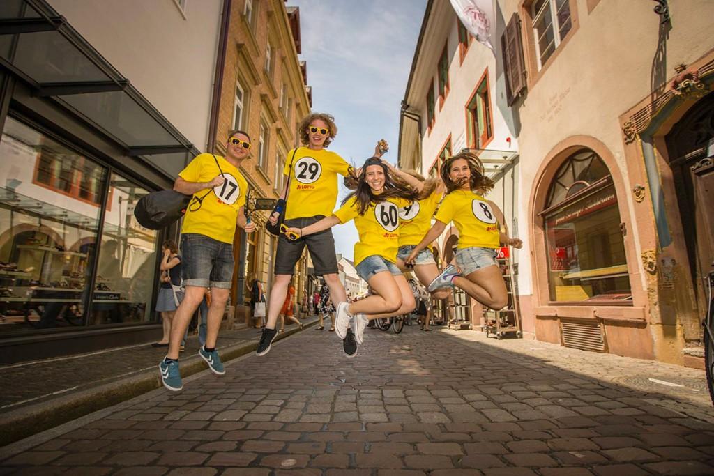 Promotion-Team unterwegs in Freiburg für LOTTO BW