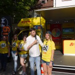 Promoterinnen am LOTTO Mobil in Freiburg (11. Juli 2015)