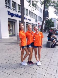 Unsere Promoterinnen verteilen für IKEA Gutscheine in der Ulmer Innenstadt