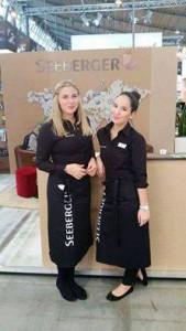 Hostessen am Stand der Seeberger GmbH auf der Intergastra 2016