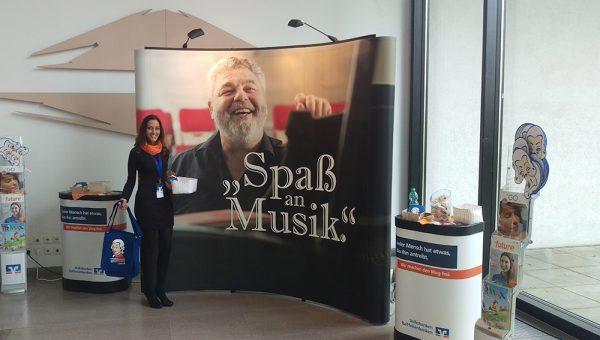 Unsere Hostess beim 9. Deutschen Orchesterwettbewerb in Ulm