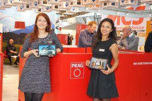 Messehostessen am Stand der Präg GmbH & Co. KG während der UNITI expo 2016 in Stuttgart