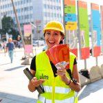 Unsere Lotsin informiert über das Großbauprojekt der Stadt Ulm