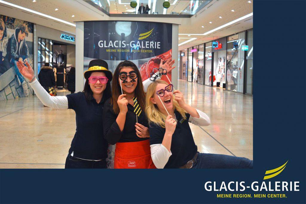 Fotobox mit individuellem Branding für die Glacis Galerie (Valentinstag 2017)